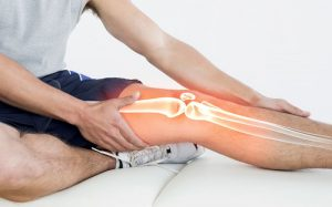 How to Treat Common Running Injuries: Knee Pain and Shin Splints